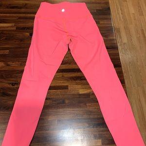 Lululemon bright pink leggings